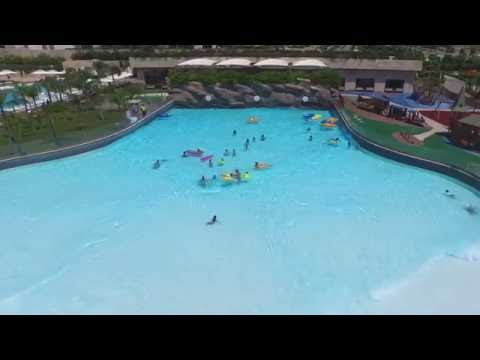 Wave Pool - Regnum Carya Golf & SPA Resort Hotel - Anltaya - Belek