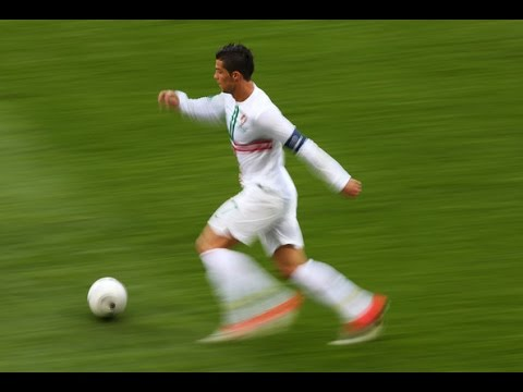Craziest Football Runs Ft. CR7 ● BALE ● ROBBEN ● WALCOTT