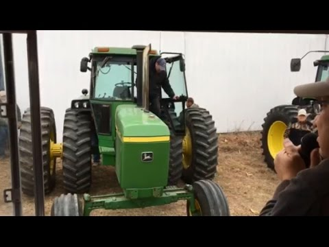1981 John Deere 4440 Tractor with 4623 Hours Sold on Southwest Iowa Farm Auction