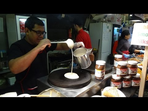 London Street Food: Freshly Made Smoothie + Sweet Pancakes At