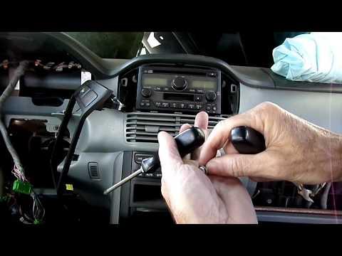 Honda Pilot 03-08 Radio Removal