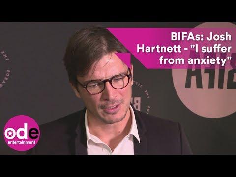 Josh Hartnett reveals he suffers from anxiety.