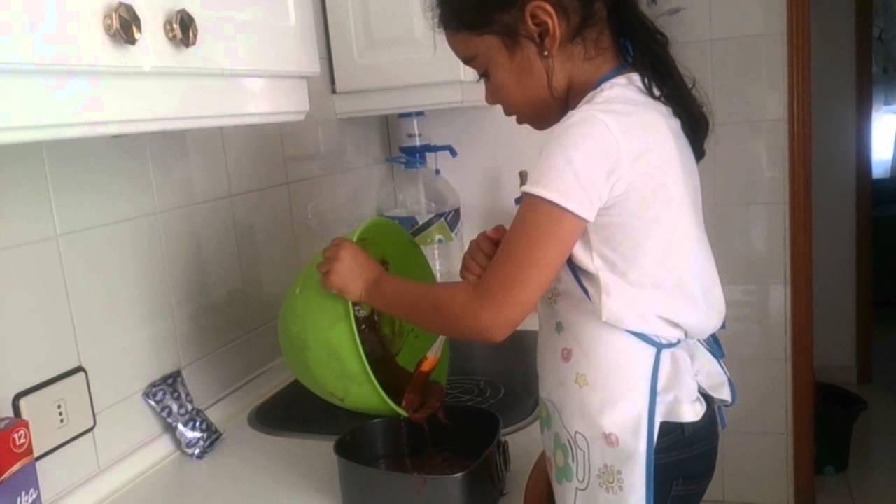 Cocina facil y divertida para ni os pastel de chocolate for Cocina divertida para ninos