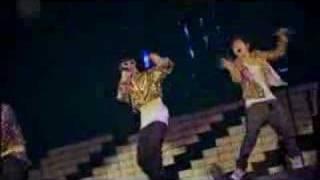 Big Bang - Crazy Dog + Hwansang Sogui Geudae (concert)
