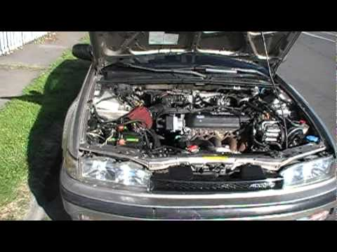 quick engine look 1990 honda accord ex 1 2 youtube rh youtube com Honda Civic Engine Diagram Honda Accord Transmission Diagram