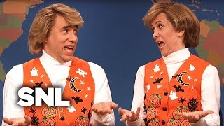 Weekend Update: Garth and Kat Sing Halloween Songs - SNL