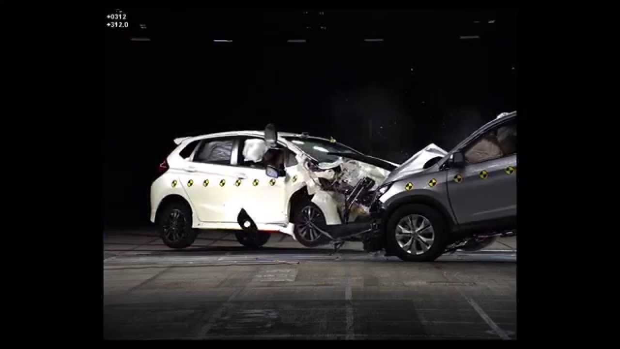 2015 Honda Jazz and CR-V crash test at Honda R&D facility in Tochegi, Japan