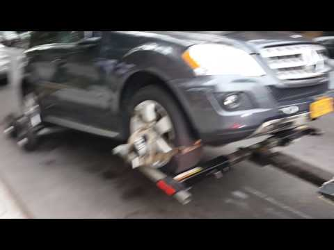 Mercedes Benz Towing NYC - 646-741-3694 - Flat Rate Tow Truck NYC