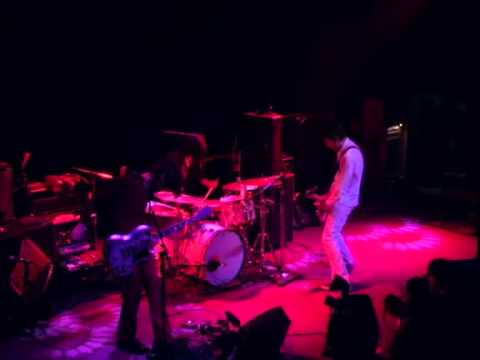 Autolux - Reappearing - 3/2/2007 - Independent