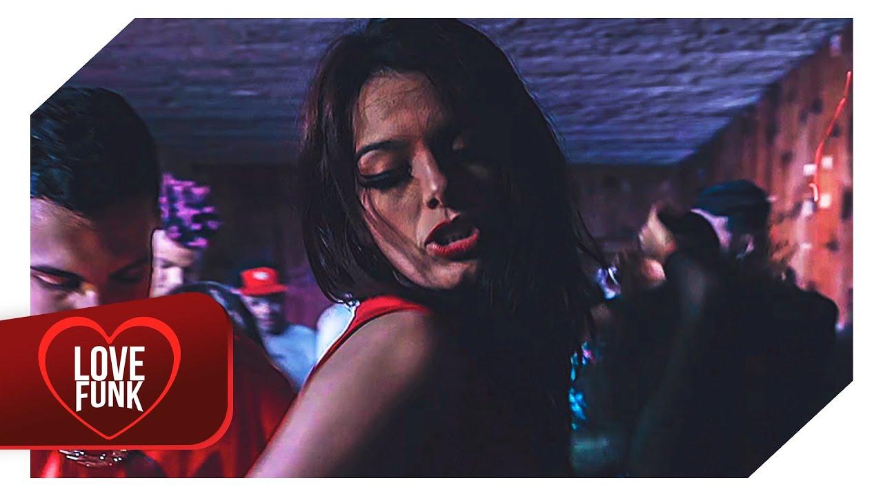MC Paola - Bate forte que eu aguento (Vídeo Clipe Oficial) DJ Vitinho Acerola