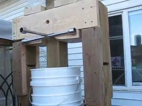 Home made wine press youtube for Home wine press