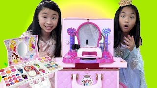 Pretend Play Dress Up and Make Up Toys