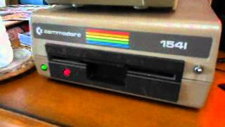 The Commodore 64 1541 Disk Drive Sings!