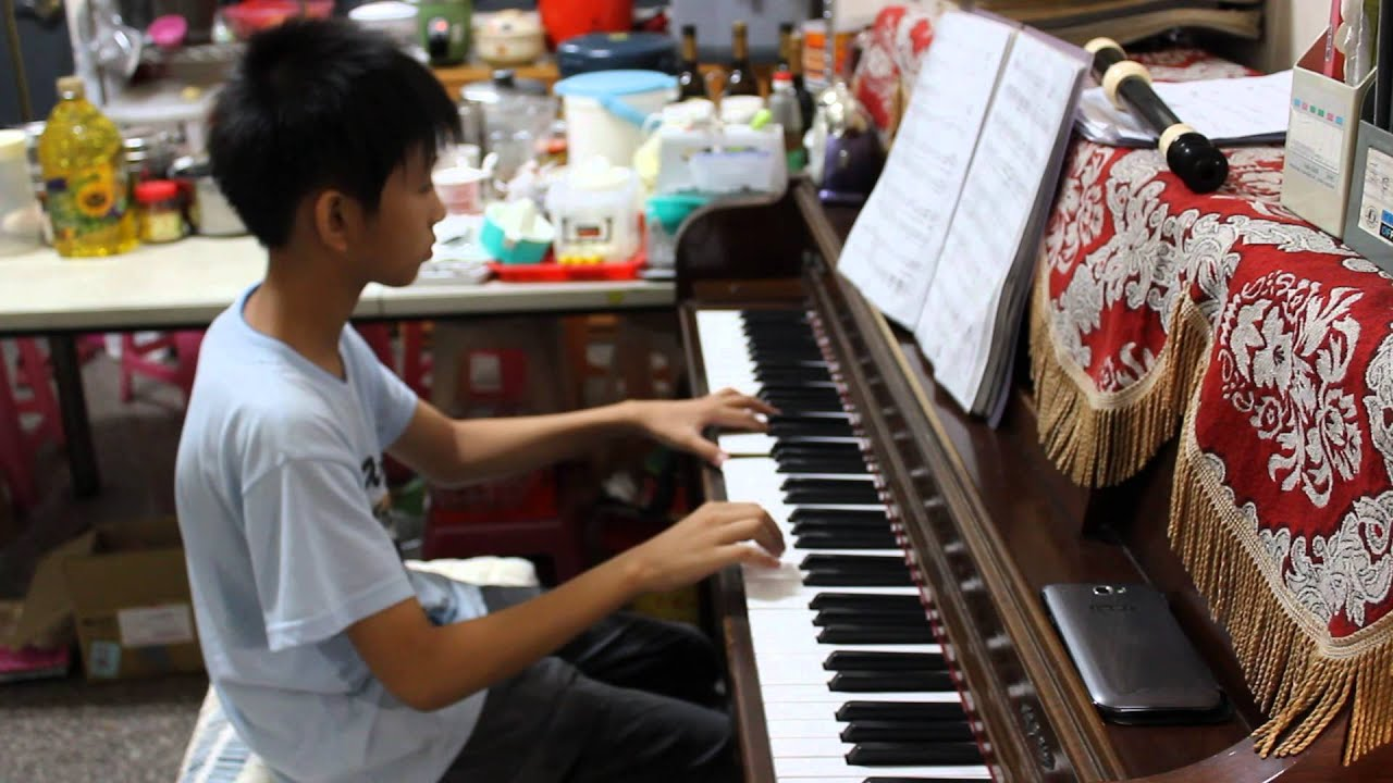 王昱順-風箏 鋼琴 - YouTube
