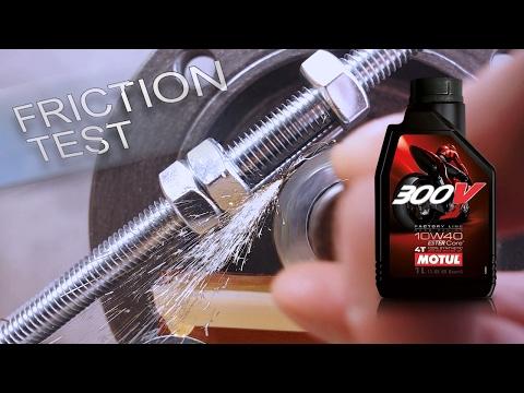Motul 300V Factory Line 4T Ester 10W40 Jak skutecznie olej chroni silnik?