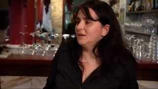 Los compañeros de Raquel se ríen de ella cuando explica por qué no propone platos