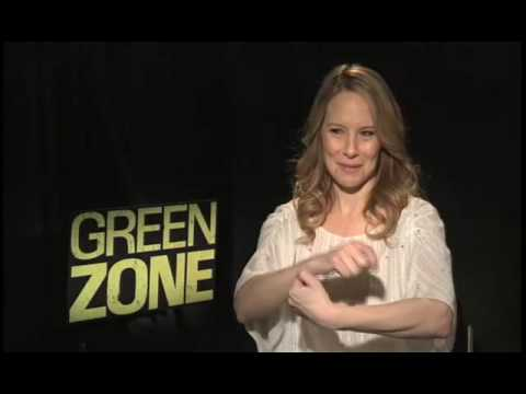 New: Interview with Amy Ryan (Green Zone) 2010 [HD]