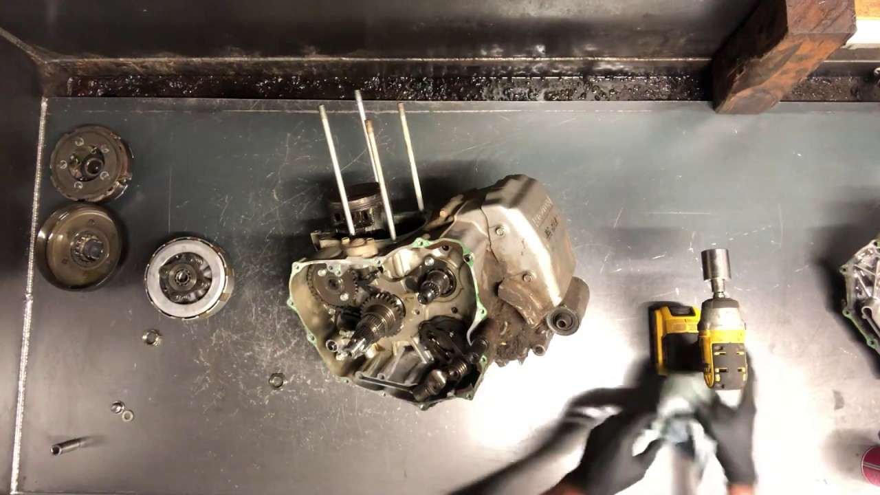Honda Foreman 450 TRX450 - Clutch Removal - Transmission Problem - Crank  Locked Up by Mid Nebraska Motorsports