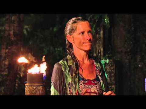 'Survivor' podcast: Kelly Wiglesworth dishes elimination, Thanksgiving dinner with Richard Hatch?