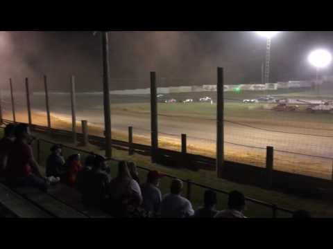 8-6-16 Bomber Feature at Lincoln Park Speedway