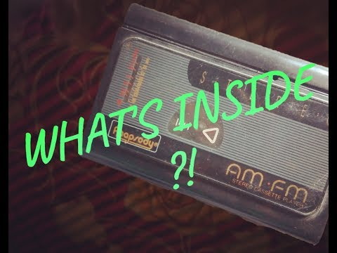WHAT'S INSIDE????AN OLD SCHOOL WALKMAN/RADIO/MUSIC PLAYER  ....LET'S CHECK IT OUT....
