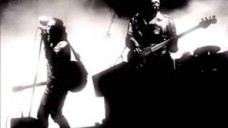 Download lagu U2 Heatland Live