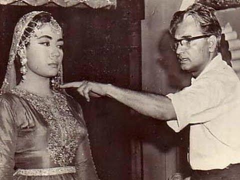 Meena Kumari & Tragedy: When Meena Kumari hit her husband Kamal Amrohi with Hunter!