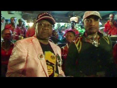 (Rare) Papa Wemba & Koffi Olomide chantent pour la dernière fois en 2009 HD