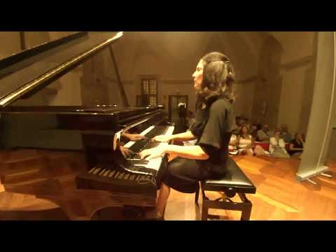 Maria Gabriella Mariani plays Schumann