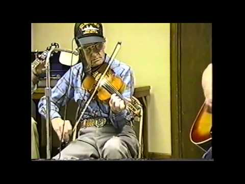 Jam Session and Dance at Wien, Missouri (clip #12) Pete McMahan playing Tennessee Rag