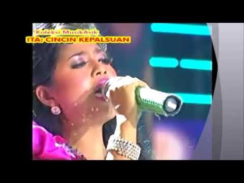(1,05)  Ita (Madura) : CINCIN KEPALSUAN : Konser  KDI 2014