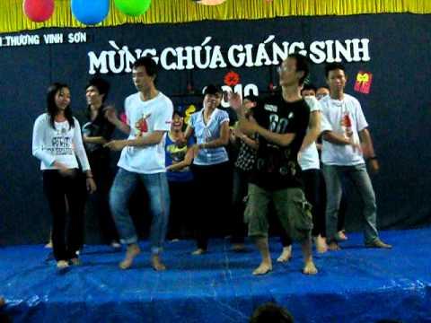 Té nước - tiết mục dân vũ