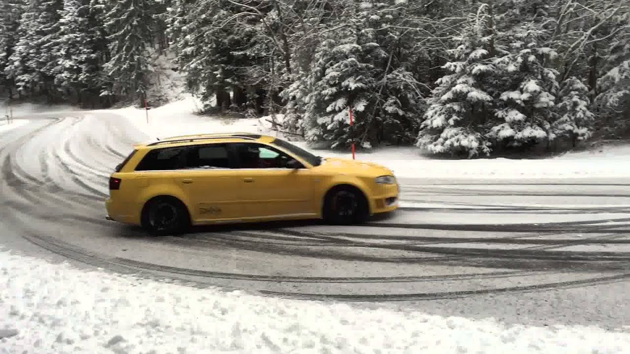 audi rs4 snow drift funnydog tv. Black Bedroom Furniture Sets. Home Design Ideas