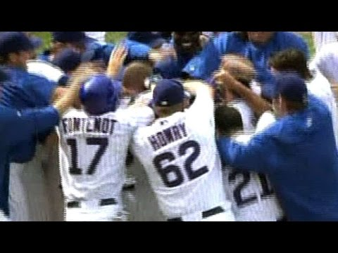 Aramis belts a walk-off homer for the Cubs