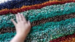 Пушистый коврик из остатков пряжи, вязание крючком