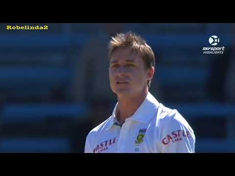 Dale Steyn = PAIN. Refuses to apologise, for smashed box.