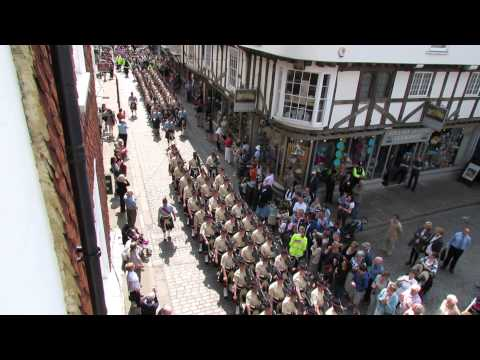 5 Scots marching into Canterbury Cathedral