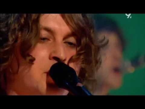 The Zutons - Valerie (Live Jools Holland 2008) (sub