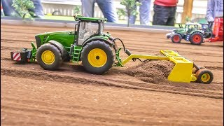 vuclip Awesome modified RC Tractors and farming Equipment  in 1/32 scale!