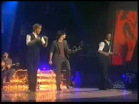 Jonas Brothers - Lovebug (Dancing With the Stars)