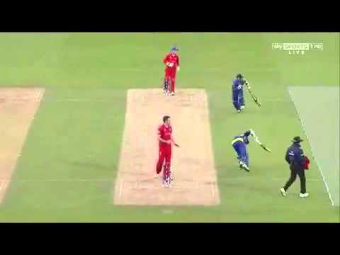 Nuwan Kulasekara almost sacrifice his wicket to save Kumar Sangakkara
