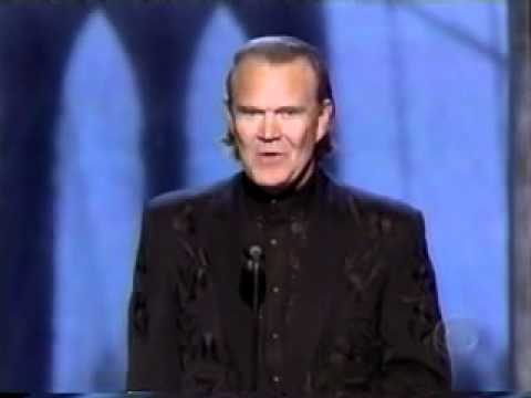 Glen Campbell inducted into the CMA Country Hall of Fame