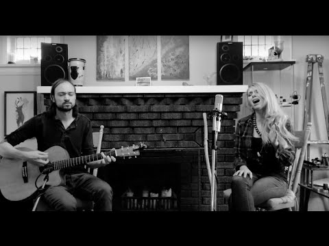 Melissa Etheridge - I'm the Only One (Live Acoustic Cover)