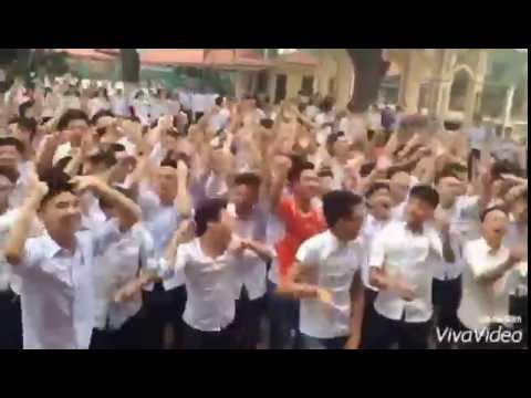 K53 THPT Tân yên số 1 Bắc Giang quẩy EDM buổi tổng kết (2013-2016)