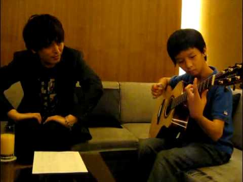 Fight - Kotaro watching Sungha Jung Play