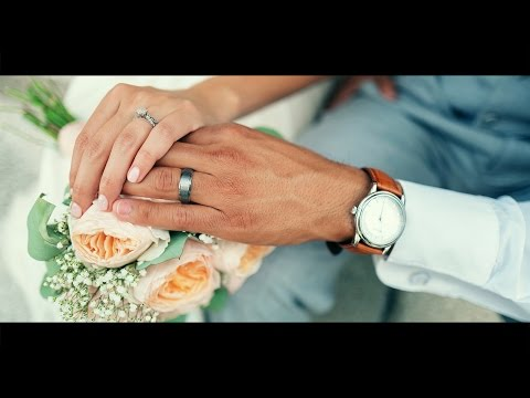 How to Add Cinematic Coloring to Wedding Photos in Photoshop [Photoshopdesire.com]