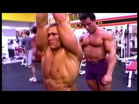 "Francis Benfatto & ""Titan"" Mike O'Hearn back training at Gold's Gym Venice"