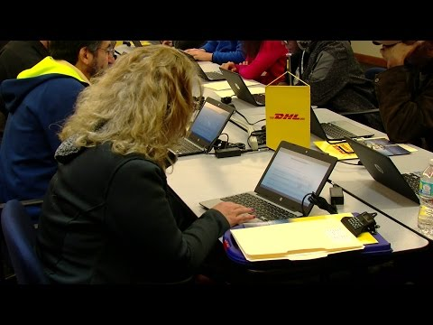 DHL looking to hire 900 more employees