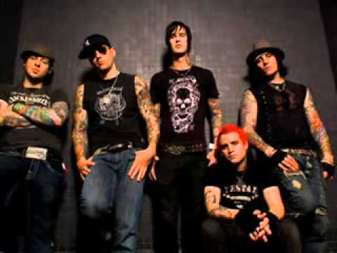 DRAGON FORCE VS Avenged seven fold 2012 - YouTube
