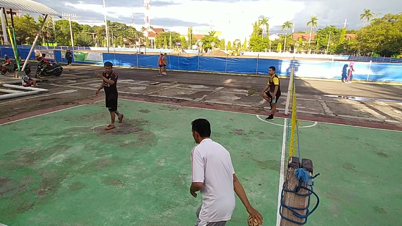 Smash Pak Acong Tajam